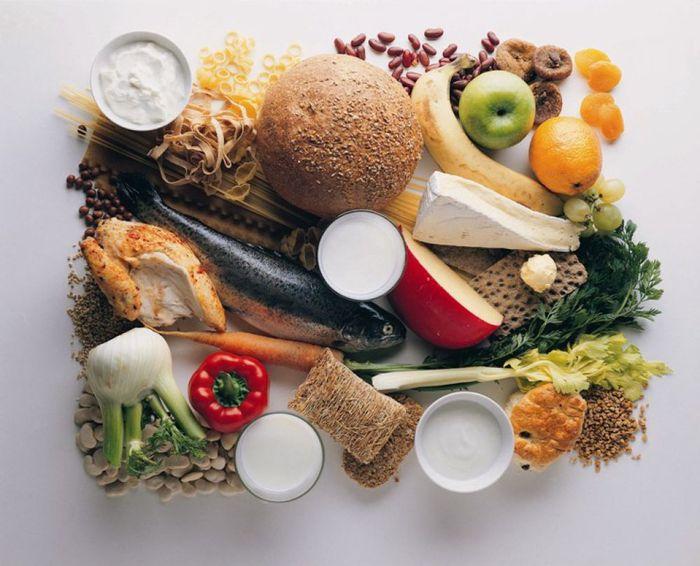 Сбалансированная диета для здоровых ногтей, волос и кожи