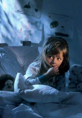 Девочка в темноте