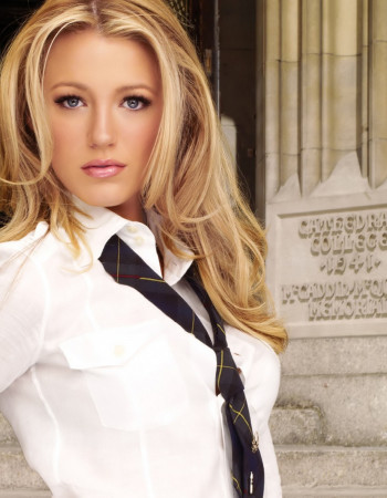 Как носить галстук женщине?