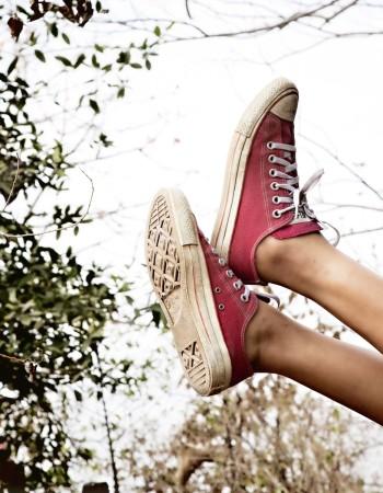 Оригинальные кожаные кеды Converse  по низкой цене .