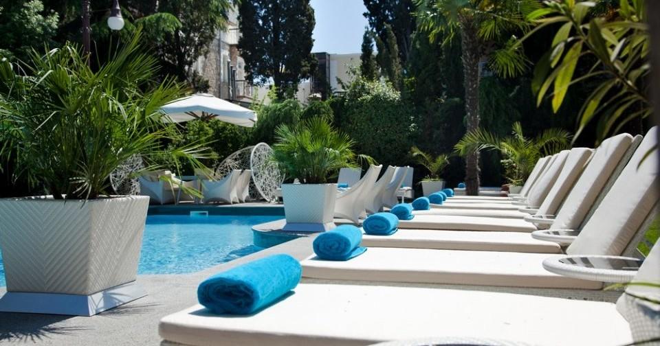 Пятизвездочный отель в Ялте
