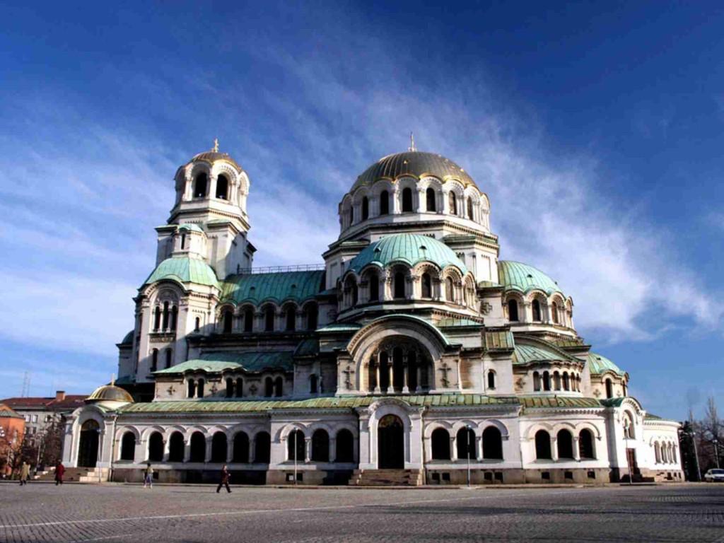 Какие достопримечательности рекомендуется посетить, буду чи в Болгарии.